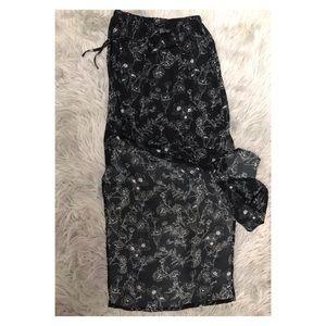 Forever 21   Black & White Floral Slit Maxi Skirt